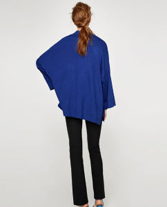 Woman Fashion Oversize Drop Shoulder Cardigan with Pockets pictures & photos