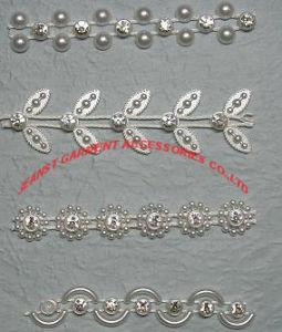 Fashionable Rhinestone Trimmings in Silver or Gold Coating