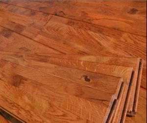 Hand-Scraped Hardwood Parquet / Oak Wood Flooring pictures & photos
