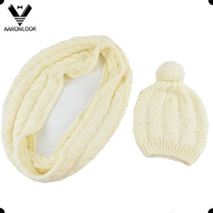 Children′s Cable Knitting Pattern Wool Beanie Infinity Scarf Set pictures & photos