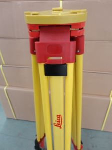 Leica Wooden Tripod for Total Station Survey (GST05) pictures & photos