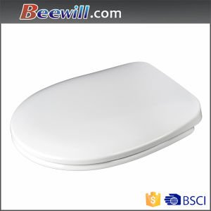 Polished White Color Duroplast Toilet Seat with Slow Down pictures & photos