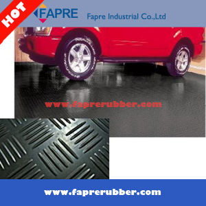 2017 Best Selling Car Garage Checker Pattern Rubber Mat pictures & photos