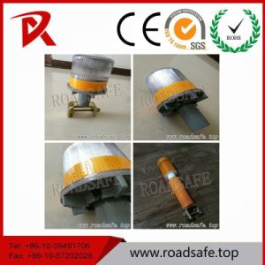 Traffic Block Emergency Solar LED Yellow Warning Traffic Cone Light pictures & photos