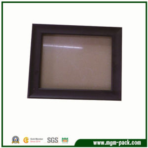 Wholesales Solid Wood Photo Frame with Glass pictures & photos