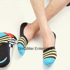 Men Cotton Ankle Low Cut No Show Invisible Socks pictures & photos