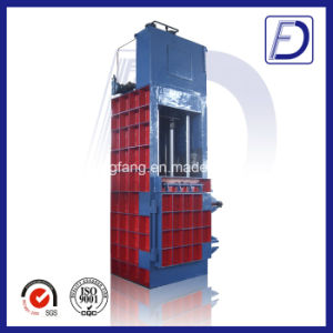 Plastic Clothes and Textile Hydraulic Baler pictures & photos