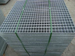 Supplier 30X3 Hot Dipped Galvanized Steel Grating with ISO9001 pictures & photos
