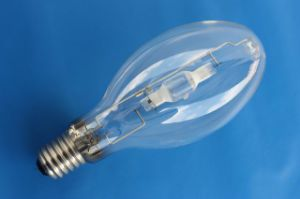 150W Small Size Metal Halide Lamp E27/E40 in Ningbo pictures & photos