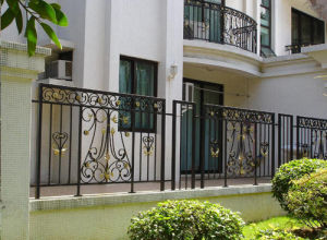 High-Performance Steel Security Fence pictures & photos