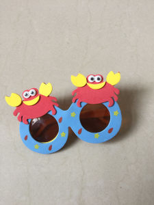 EVA Foam Children Beautiful Party Sunglasses for Promotional pictures & photos