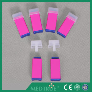 Ce/ISO Approved Medical Disposable Safety Blood Lancet (MT58054004) pictures & photos