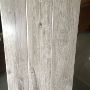 Nature Grain White Color Good Quality Best Price Laminate Flooring pictures & photos