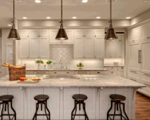 Custom Made Solid Wood Kitchen Cabinet pictures & photos