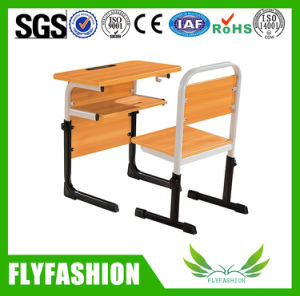 Classroom Metal Frame Student Desk and Chair School Furniture pictures & photos