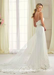 Spaghetti Beaded Bridal Evening Dress A-Line Lace Beach Garden Wedding Dresses Rr9010 pictures & photos
