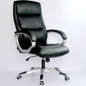 High Quality Office Chair with Headrest and Lumbar Pillow pictures & photos