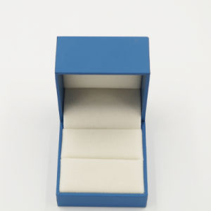 China Supplier New Arrival Luxury Plastic Jewelry Box for Ring (J37-A5) pictures & photos