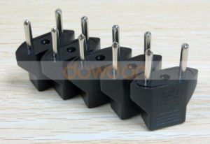 Factory Price Ce RoHS Universal AC Travel Plug Adapter for Us EU Au Nz UK Plug pictures & photos