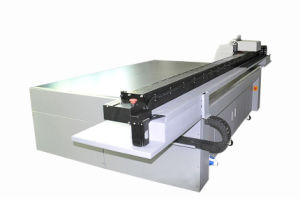 High Resolution 2.5m UV Flatbed Poster Printing Machine for Sale pictures & photos
