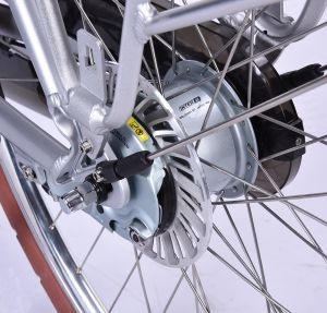 Electric Mountain Bicycle E-Bike City Bicycle 70c Tyre pictures & photos