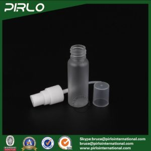 20ml Frosted Translucid PP Plastic Bottle Empty Cosmetic Plastic Spray Bottle with White Plastic Sprayer Perfume Spray Bottles pictures & photos