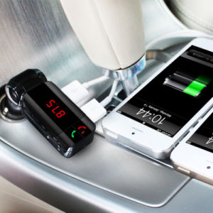 FM Bluetooth Car Transmitter Bc06 LCD Display Charger Car Kit pictures & photos
