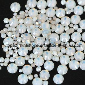 China Swaro Ss10 White Opal Non-Hot Fix Flatback Rhinestone pictures & photos