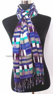 2017 Fashion Geometic Printing Viscose Lady Scarf (HWBVS061) pictures & photos