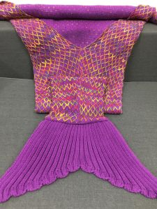 Hot Worldwide China Handmade Knitted Mermaid Tail Blanket pictures & photos