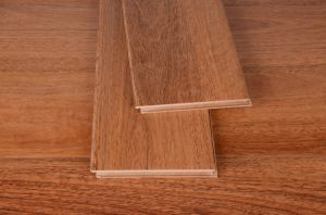 Good Quality Laminate Flooring for Bedroom pictures & photos