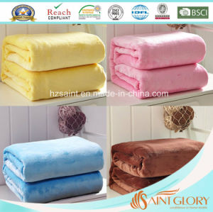 100% Polyester Multi Colors Super Soft Flannel Fleece Blanket pictures & photos