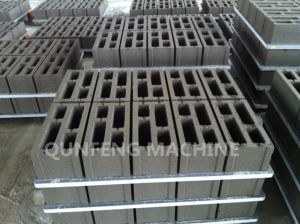 Automatic Hydraulic Cement Brick Making Machine pictures & photos