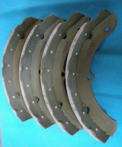 Environmental Friendly Brake Shoe (K2295) pictures & photos