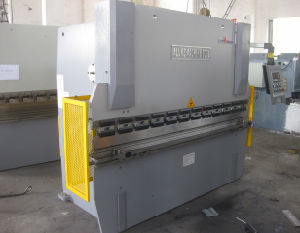 2015 Hydraulic Press Brake with CE Safety Certification 160 Tons pictures & photos