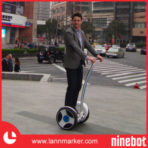 Two Wheels Self-Balancing Electric Personal Transporter pictures & photos