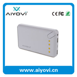 Hot Selling 5.0V 2.1A High Quality Traveling Power Bank with Ce, FCC, RoHS pictures & photos