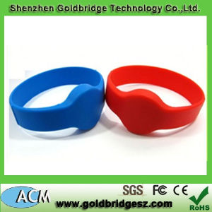 2014 Hot Selling 13.56MHz Soft PVC Wristbands (ACM-WBT)