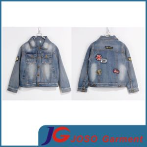 Boy′s Embroidered Dungarees Tucker Denim Jacket (JT8003) pictures & photos