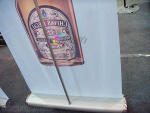 Custom Aluminum Alloy Retractable Roll Up Banner Sign Display Stand pictures & photos