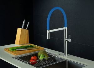 Wotai Company Single Lever Pull Down Kitchen Mixer pictures & photos