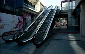 Outdoor Escalator with Safety Glass Handrail