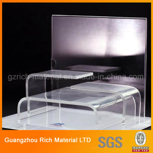 Customized Shape Acrylic Display Stand/Plexiglass Display Race Jewelry Stand pictures & photos