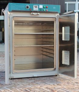 Ce Mark Vertical Forced Big Size Air Drying Oven (DGF) pictures & photos
