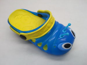 Children′s EVA/PVC Cute Colorful Slippers Fashion and Comfortable (24ja1412) pictures & photos