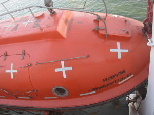 Cheap Price Solas Approved Totally Enclosed Tanker Used Freefall Lifeboat for Sale pictures & photos