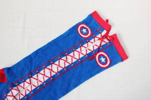 Whoesale Individuality Captain America Bowknot Tie Shoes Calf Cotton Girl′s Stockings pictures & photos