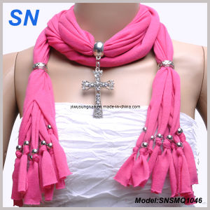 2014 Lady′s Fashion Pendant Scarf (SNSMQ1046) pictures & photos