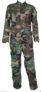Wholesale Custom Camouflage Police and Military Uniforms (XY-167) pictures & photos