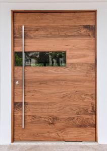 Aluminum Pivot Entrance Door pictures & photos